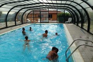 Agriturismo marche con piscina coperta chiciabocca - Agriturismo piscina interna riscaldata ...